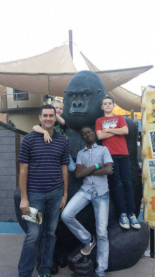 Use Host Family And Gorilla